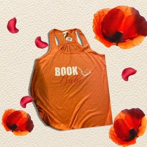 Free shirt with a purchase of 2 books